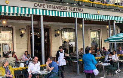 Salzburgs Altstadt: Bürger, Äbte und Erzbischöfe und ihre traditionsreichen Institutionen